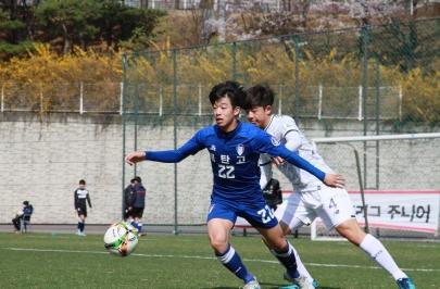 [주니어 5R] '골 소나기' 수원 U-18, 서울E U-18에 6-0 대승...리그1위 유지